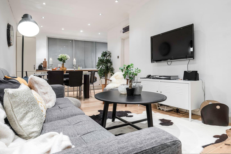 Centre of Soho - Amazing 2 bedroom flat! photo 13809261