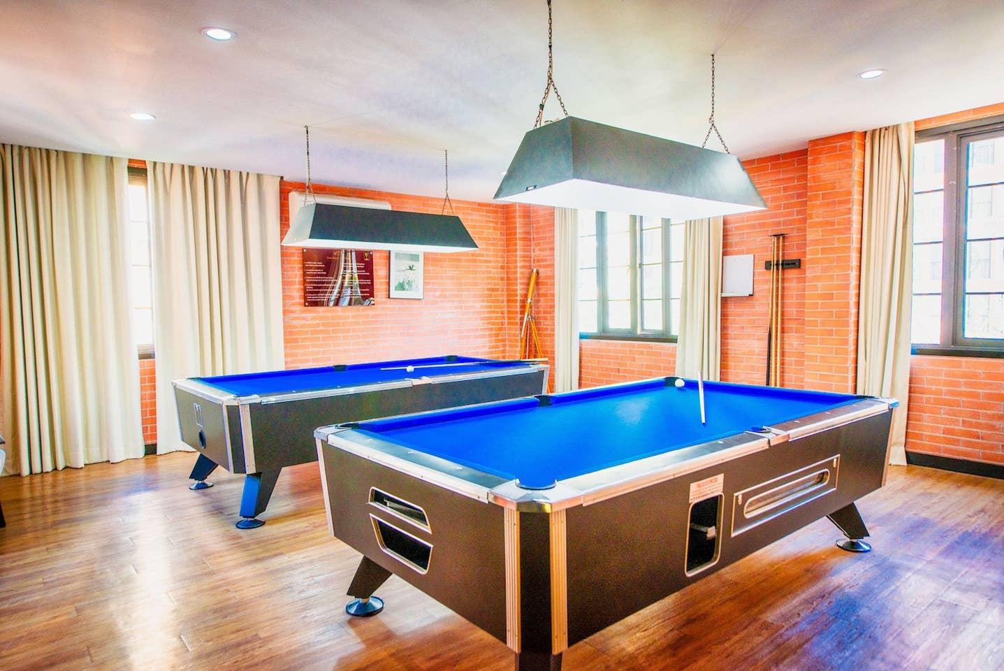 Apartment Venetian Resort  Pool Gym boat Sauna  free photo 19087158