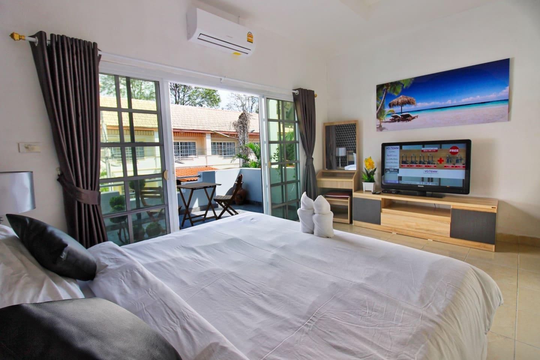 Big Private Pool Villa with Free Wifi+A/C+Netflix photo 16394059
