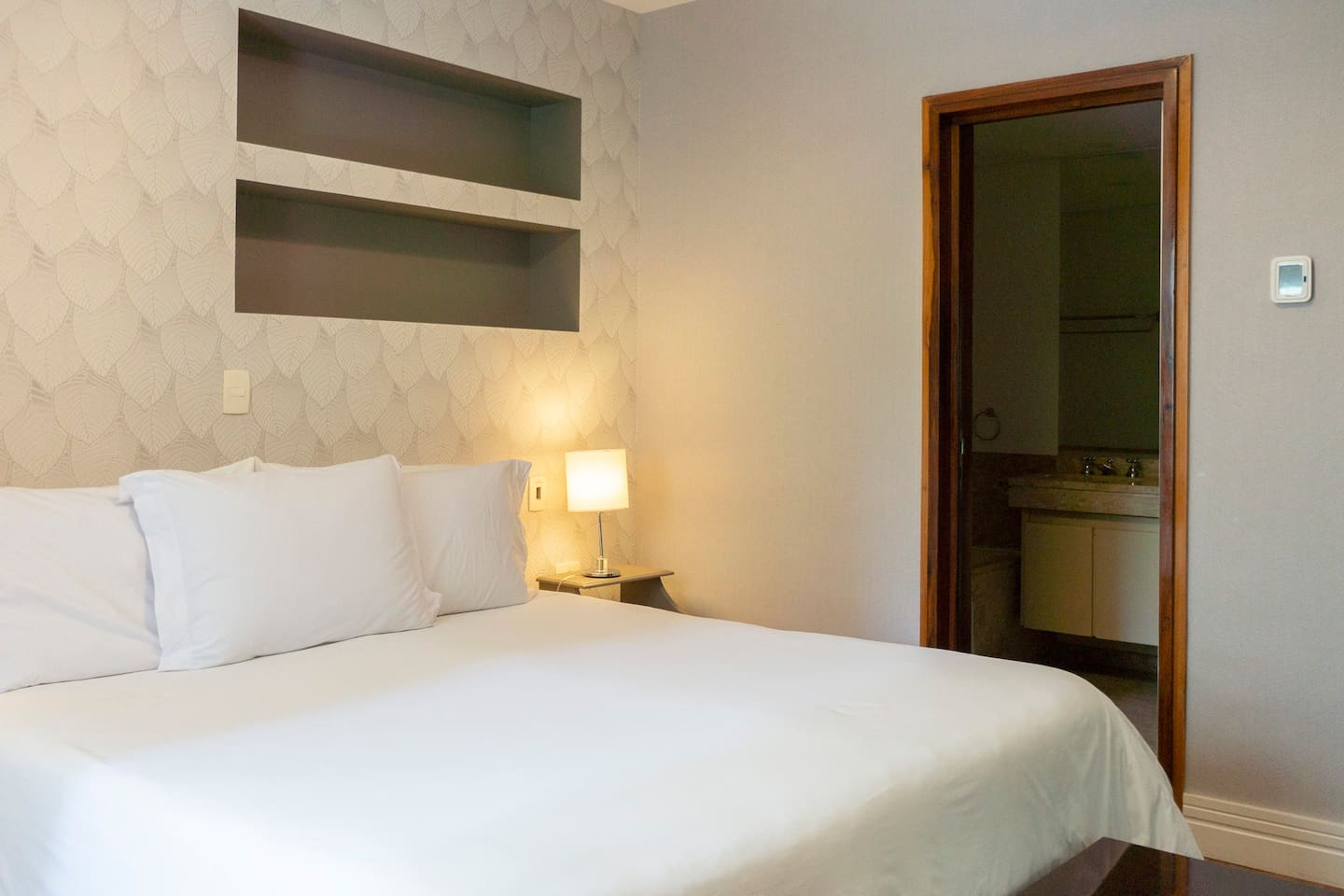 George V - Luxury Apt at hotel with Butler Service photo 16232250