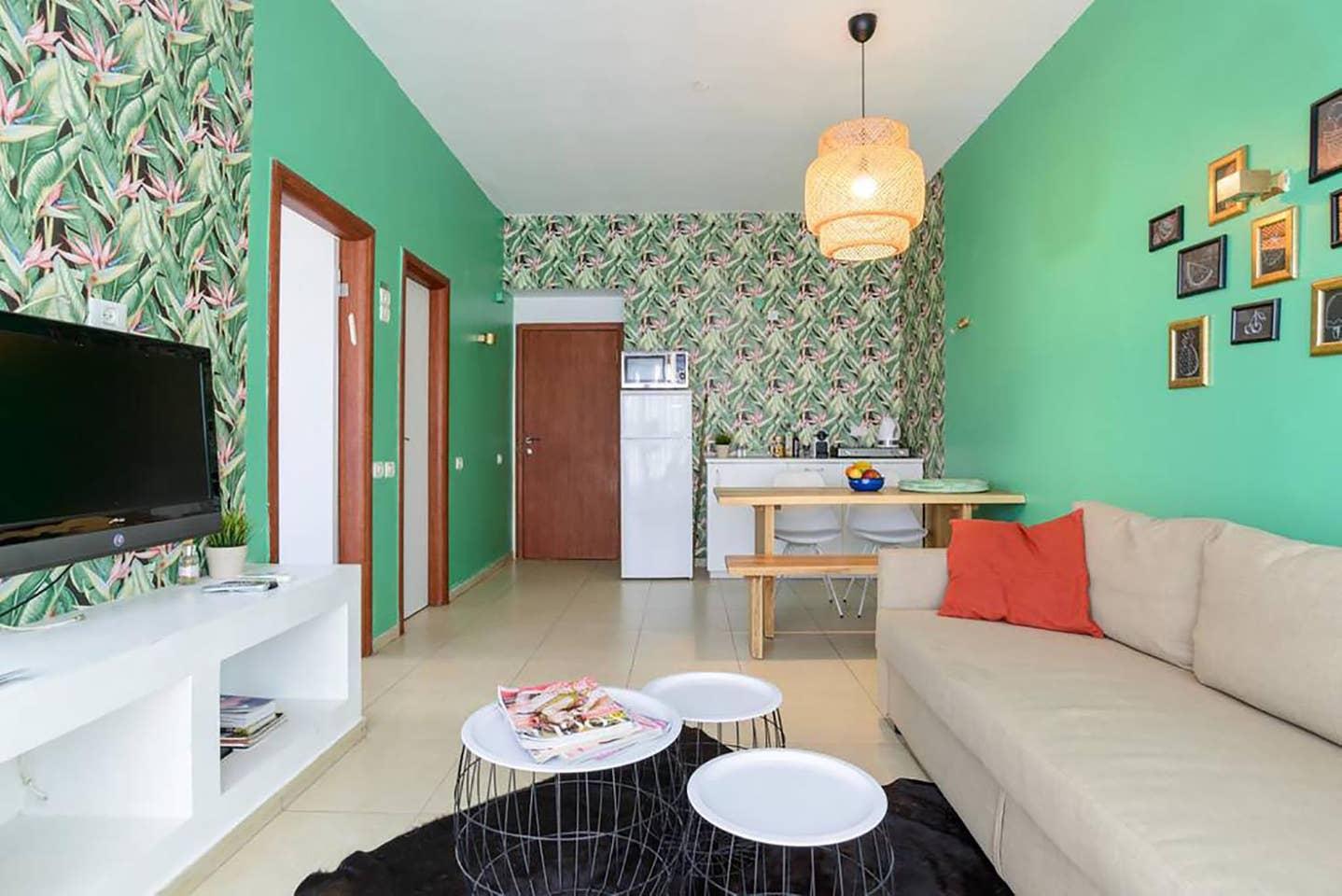 Apartment Tropical sensation next to the beach TLV photo 18454300