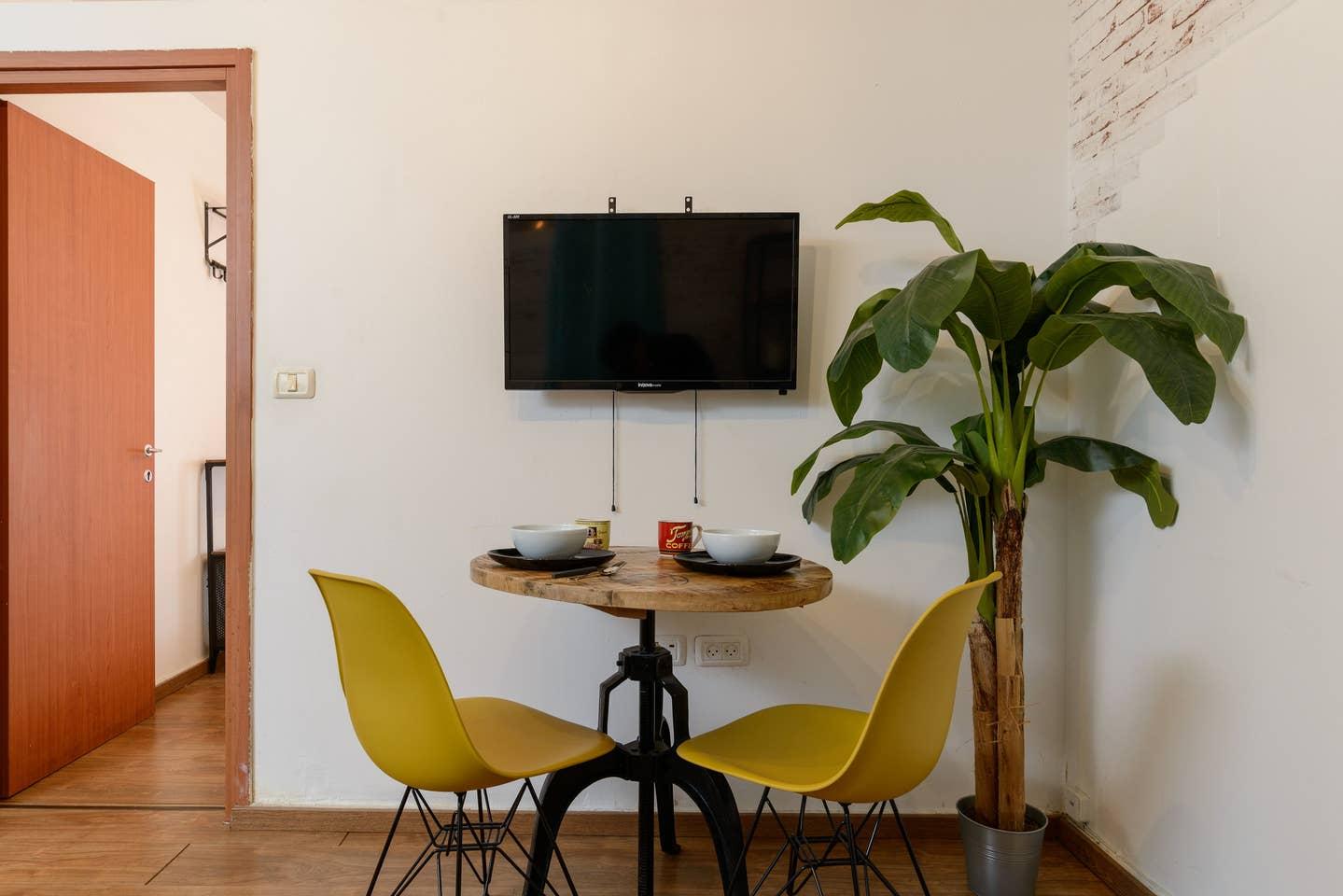 Apartment Designed apartment on Frishman Tlv photo 26055858