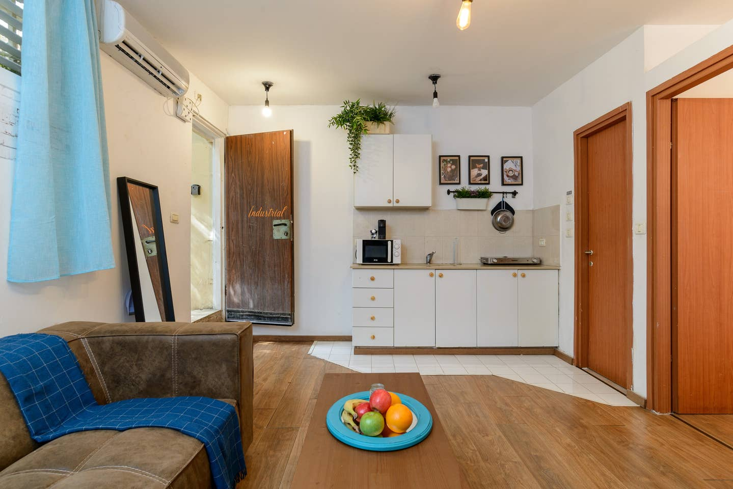 Designed apartment on Frishman Tlv photo 26044560