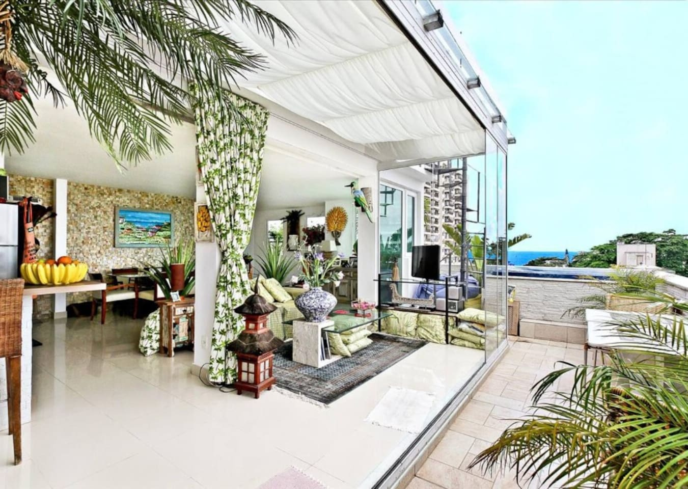 Classy Triplex Penthouse at Best Location in Rio photo 14005483