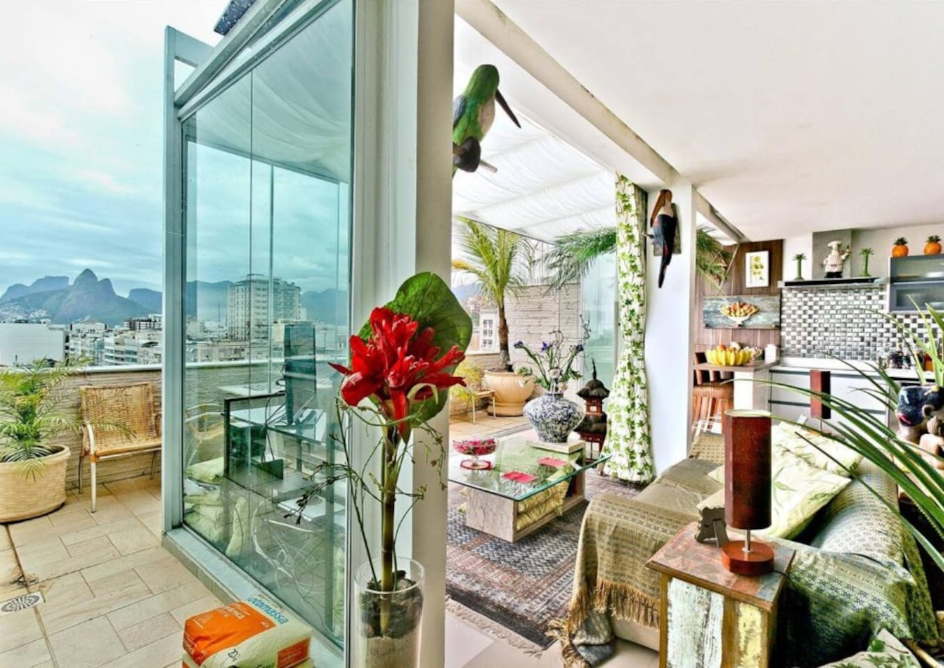 Classy Triplex Penthouse at Best Location in Rio photo 14005475