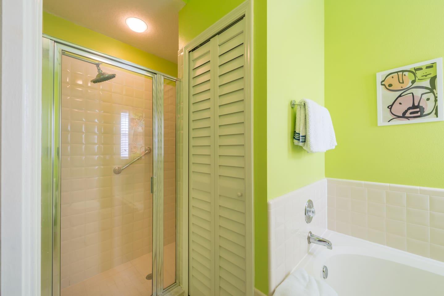 Apartment Spacious 3BR Home   King Bed  Near Disney w  Pool  photo 16905117