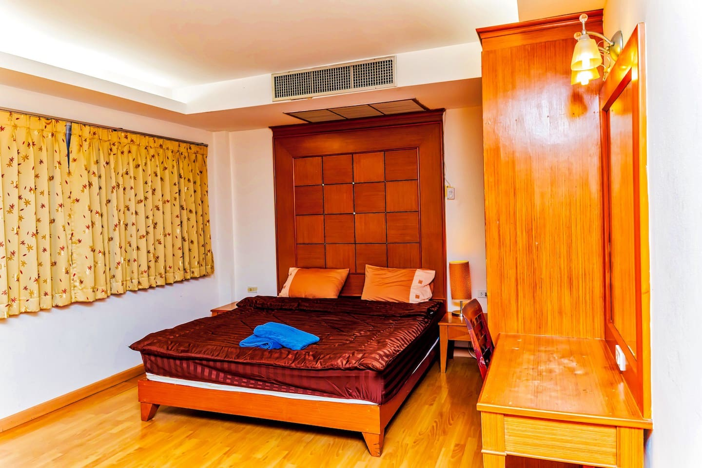 Apartment New 5 King Room in the Center of Pattaya City  Best area  photo 18752391