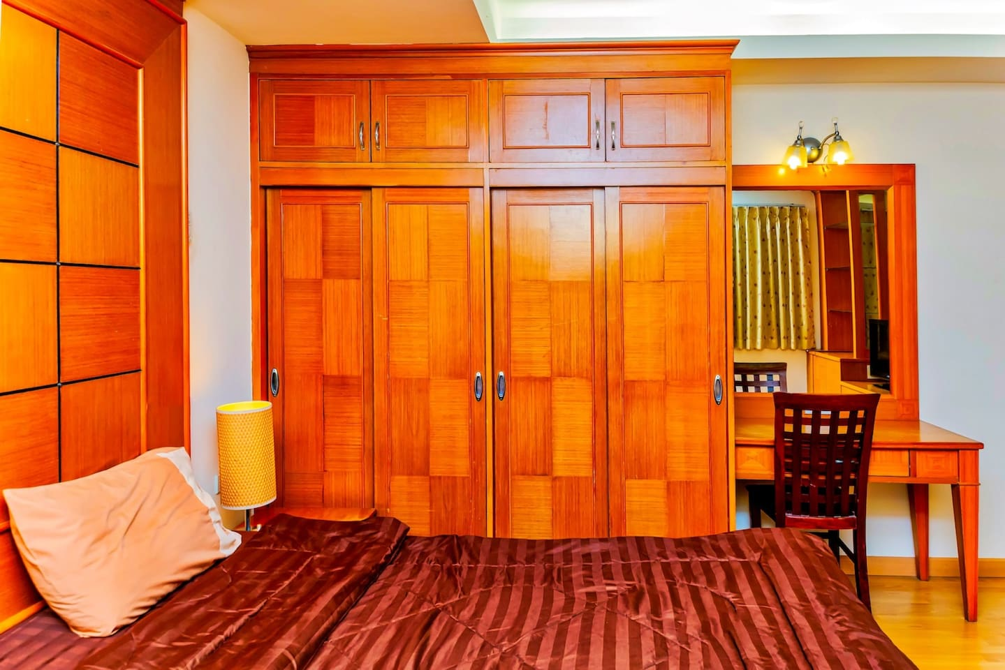Apartment New 5 King Room in the Center of Pattaya City  Best area  photo 18752401