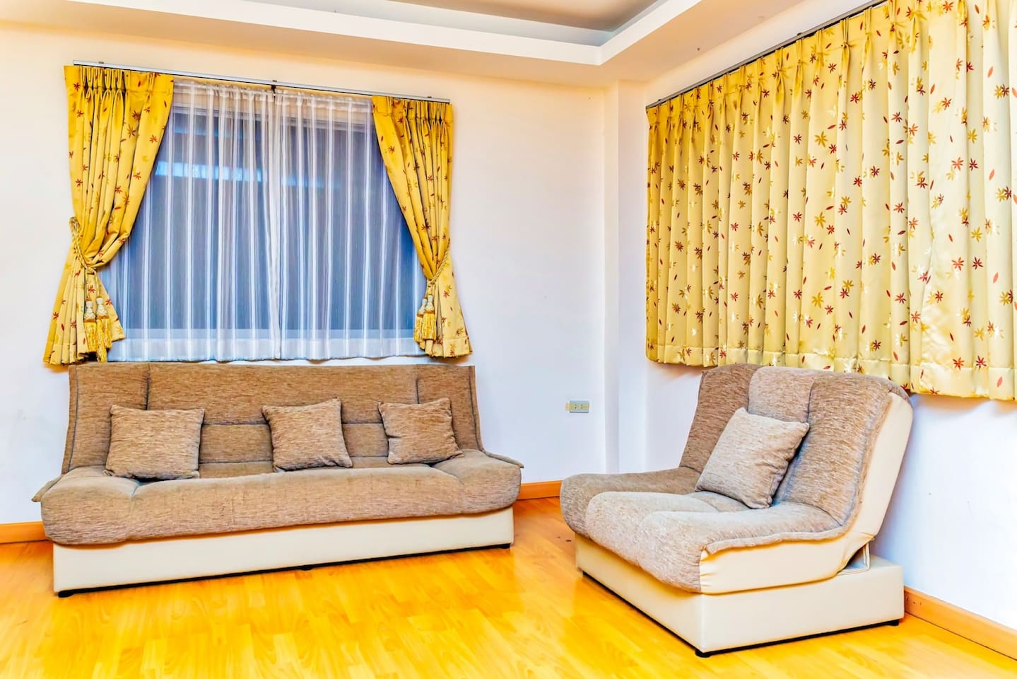 Apartment New 5 King Room in the Center of Pattaya City  Best area  photo 18752403