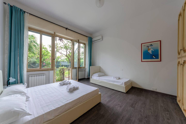 Apartment Hintown PieveLigure  Apt con Giardino Sul mare photo 18409183