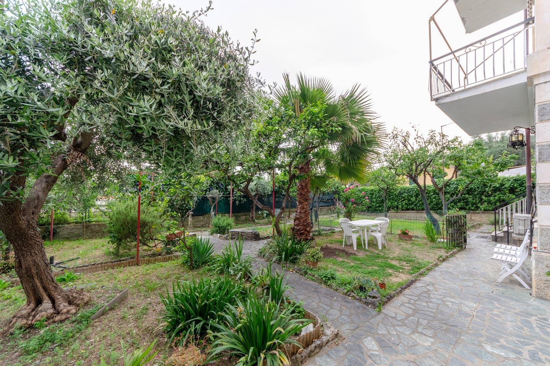 Apartment Hintown PieveLigure  Apt con Giardino Sul mare photo 18451133