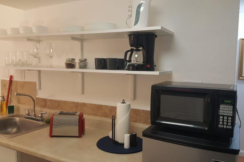 Apartment Wonderful 2br with BBQ next to Gulfstream    photo 25611131