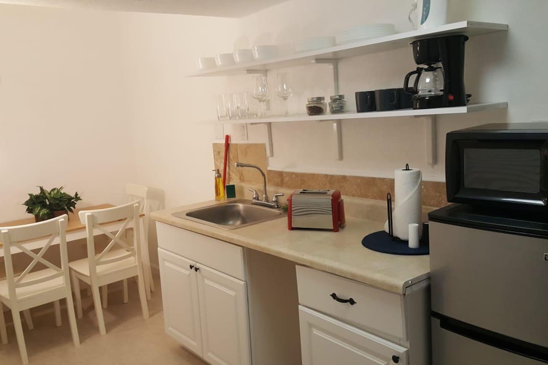 Apartment Wonderful 2br with BBQ next to Gulfstream    photo 25597335