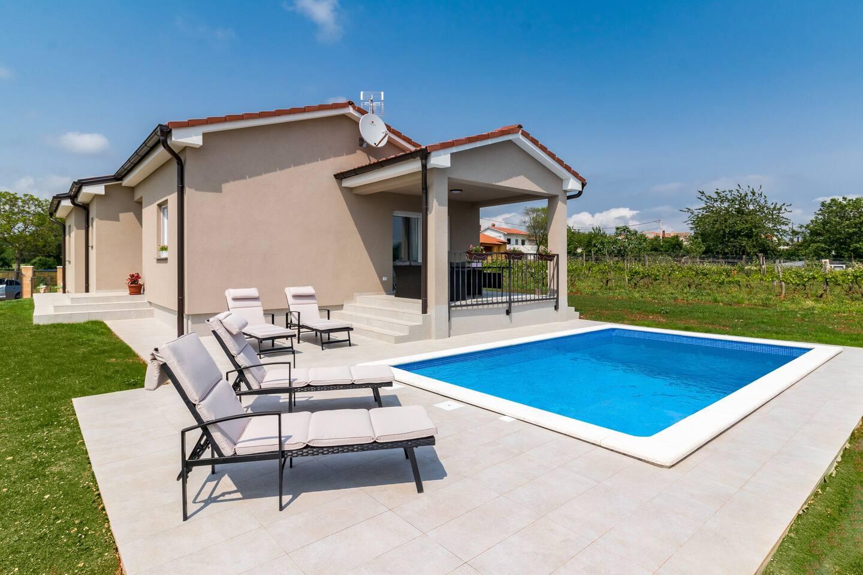 Apartment Villa Leoni photo 28648651
