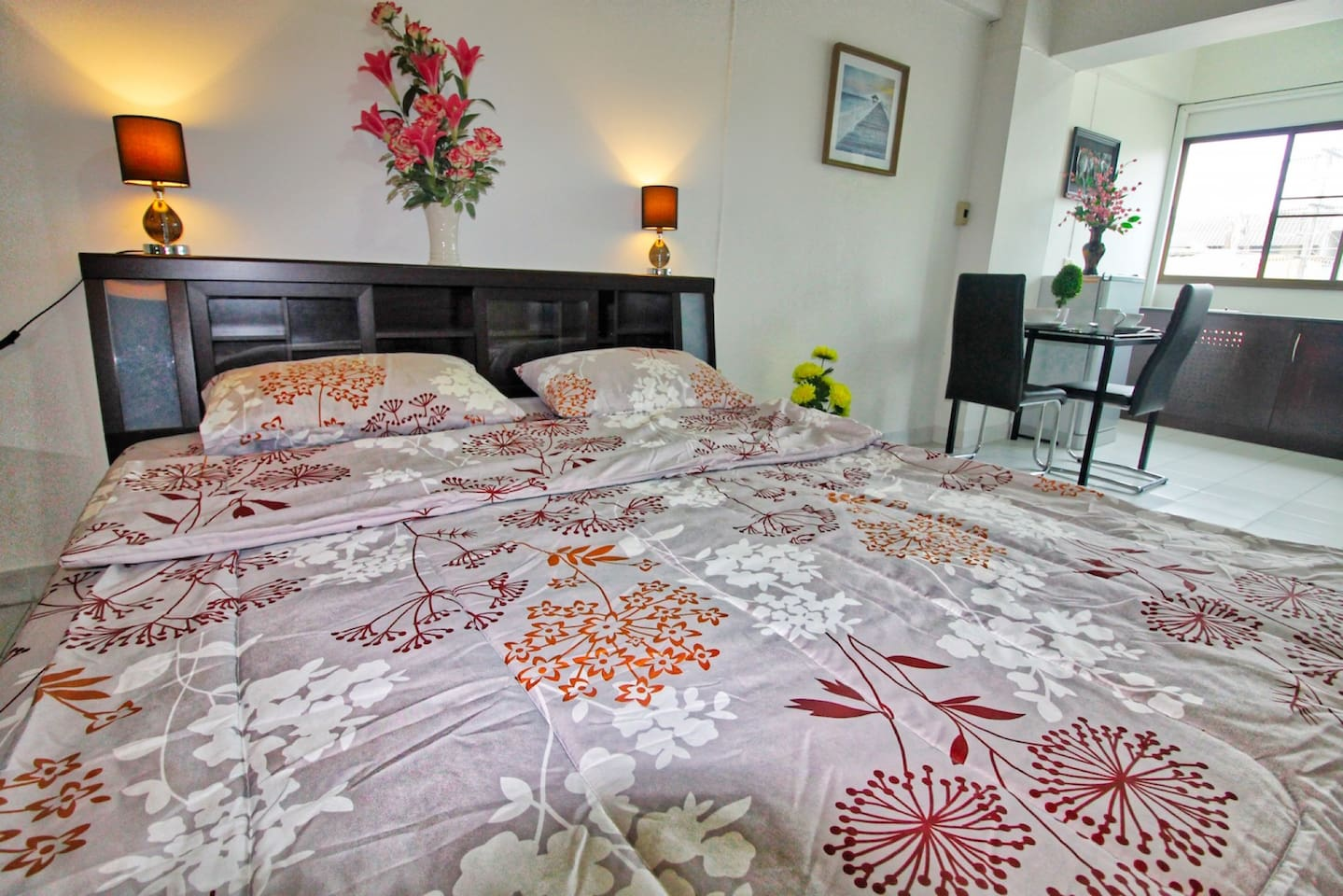 New renovated Suite central located and close to beach/activities photo 16613178