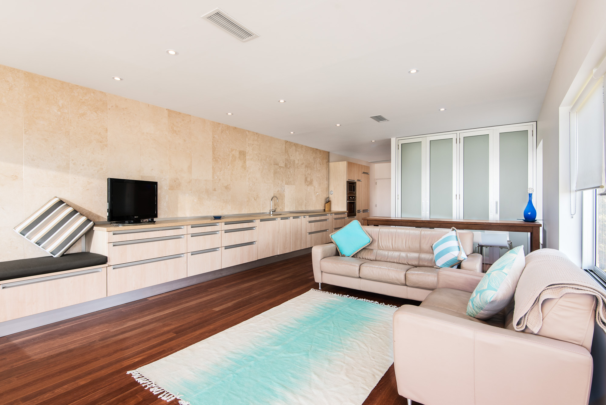 Apartment 2BR Coolum Beachfront photo 23396351