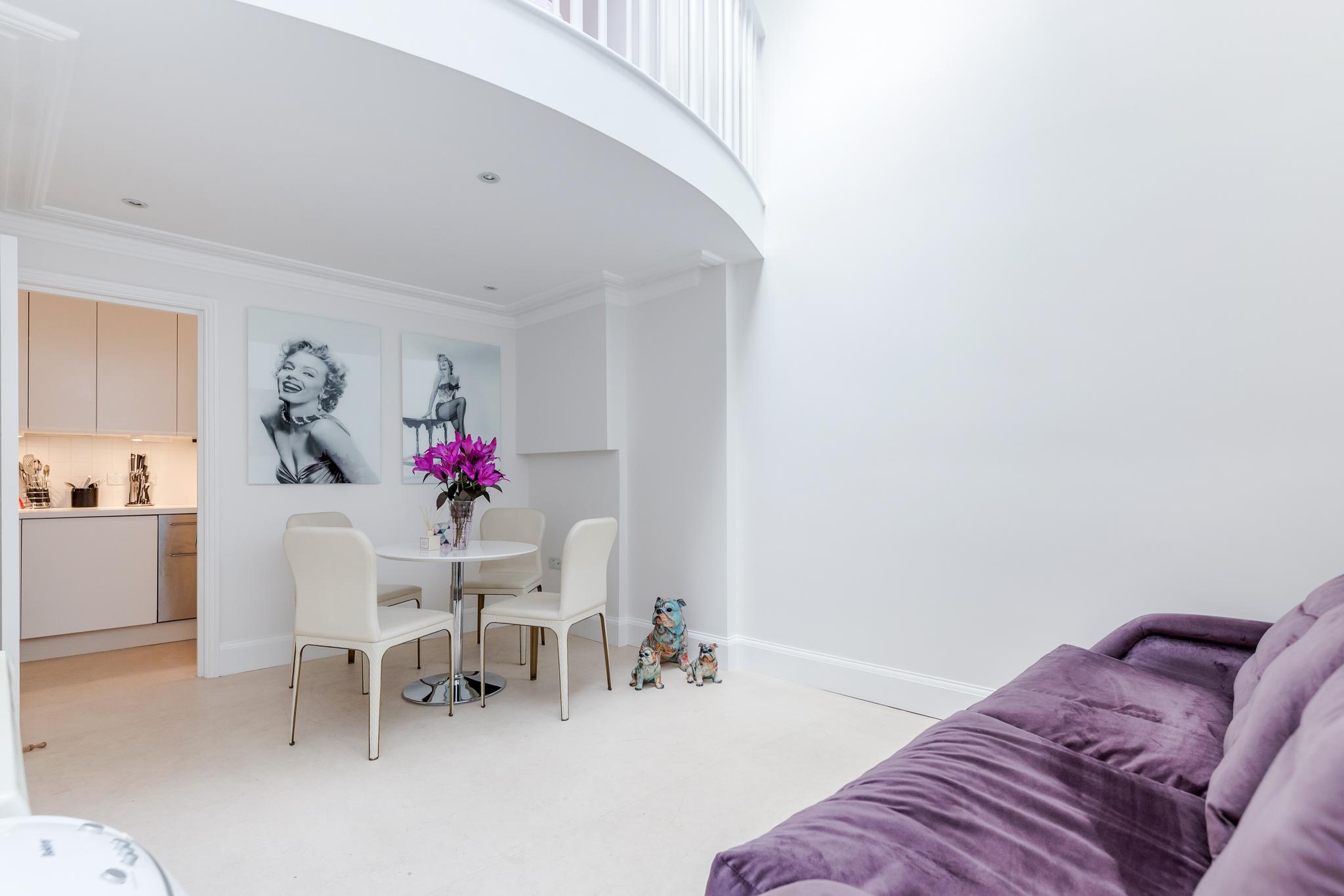 Apartment Distinctive Kensington apt for 3 with Mezzanine photo 23290248