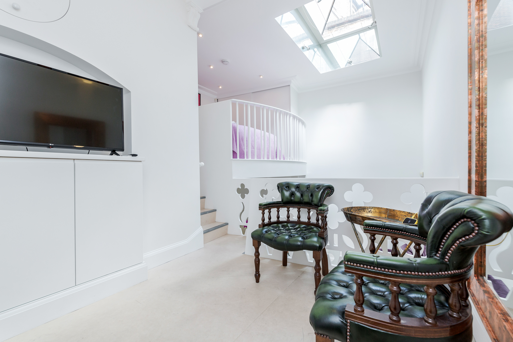 Apartment Distinctive Kensington apt for 3 with Mezzanine photo 23290249