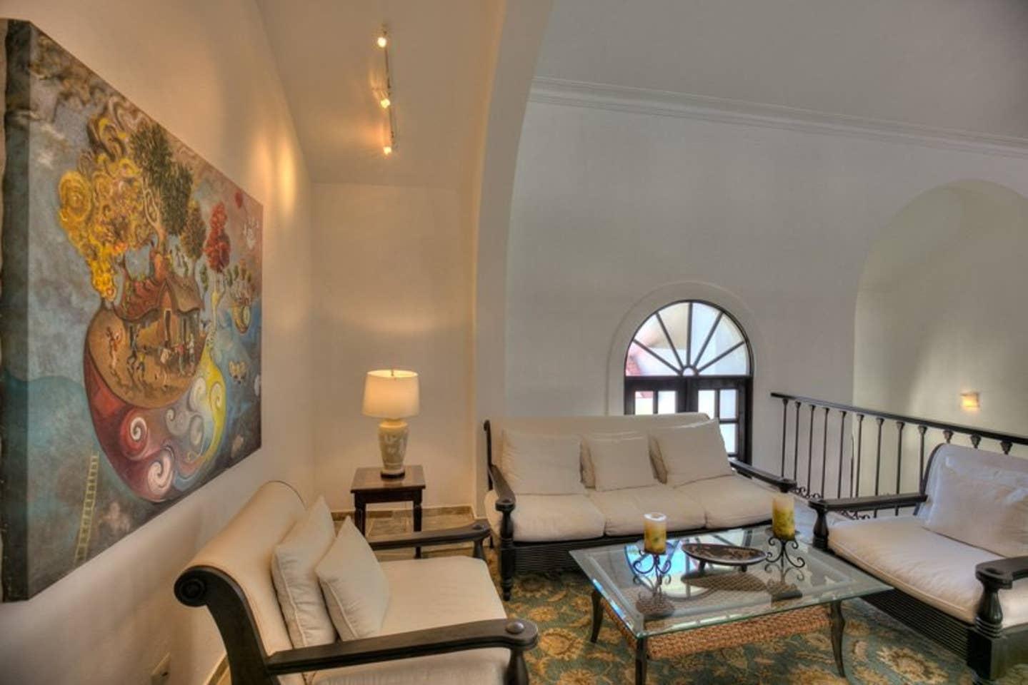 Apartment Luxury 4-Bedroom Estate Villa  Truly Beautiful  photo 25682461