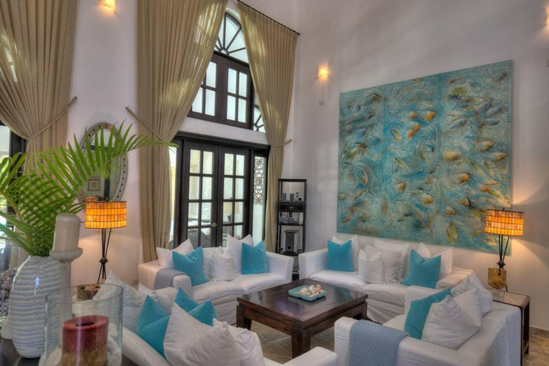 Luxury 4-Bedroom Estate Villa, Truly Beautiful. photo 25594304
