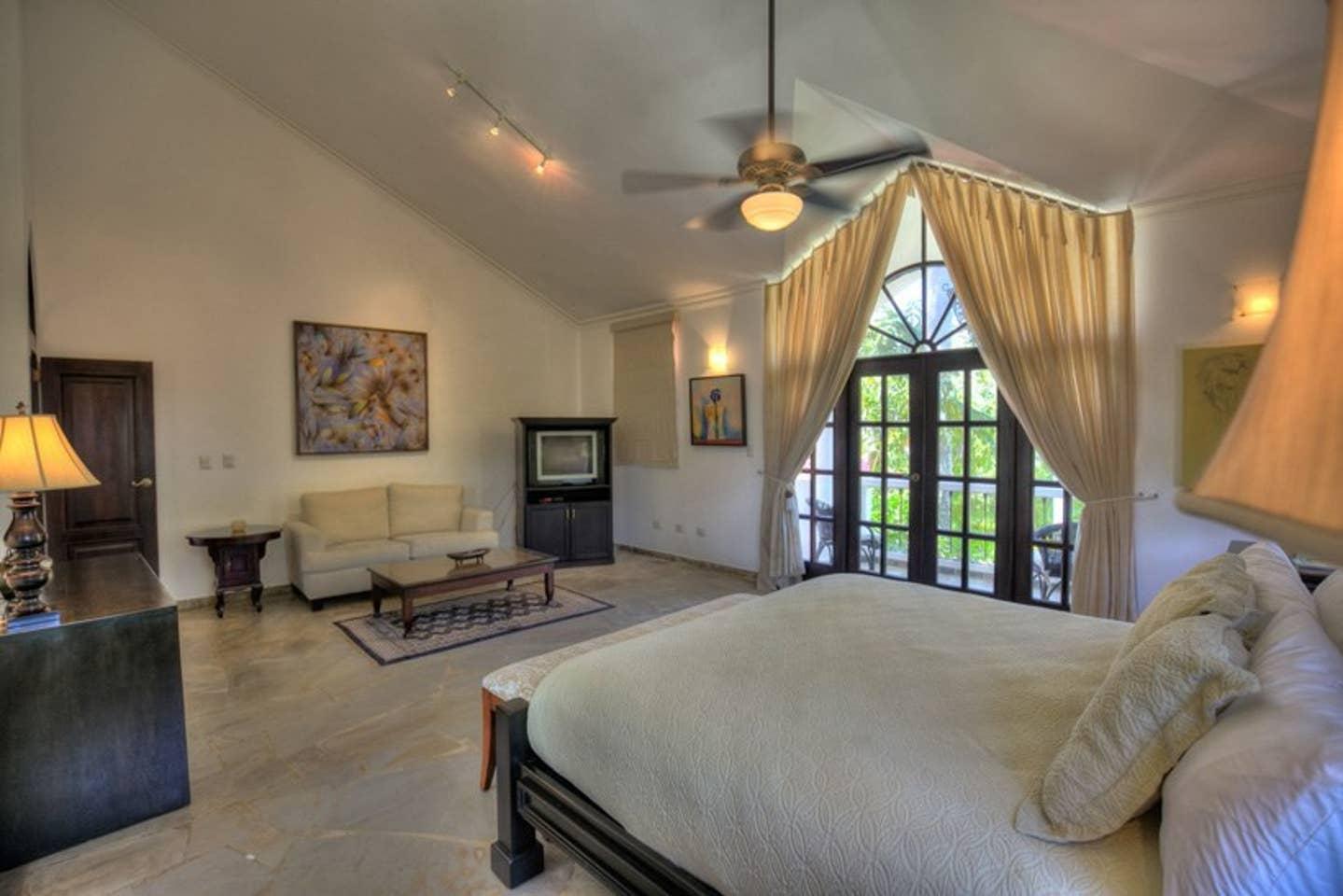Apartment Luxury 4-Bedroom Estate Villa  Truly Beautiful  photo 25594309