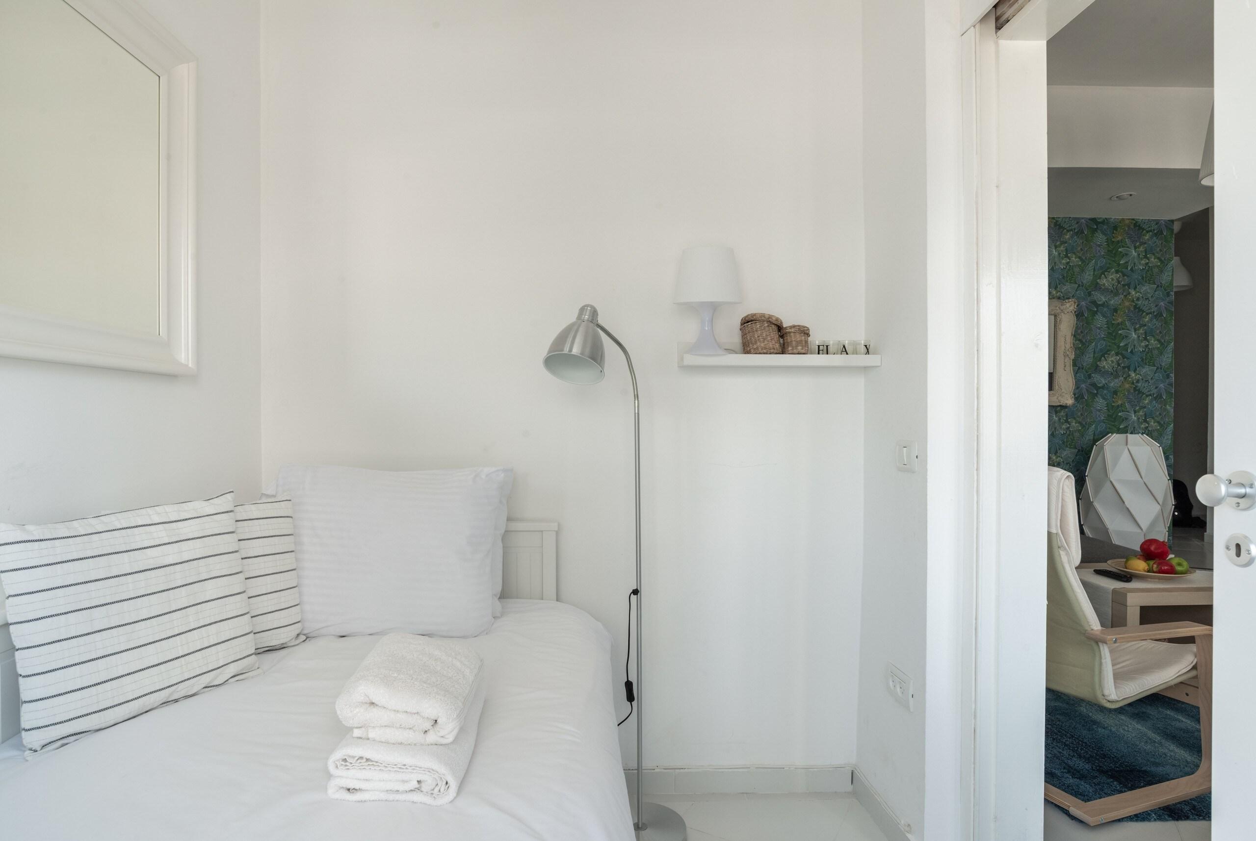 Apartment Sea View 2 bedroom apartment next to Hilton beach photo 23620189