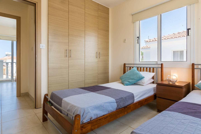 Apartment Villa Croeso - 3 Bedroom Villa with FREE WiFi   TV photo 18409826