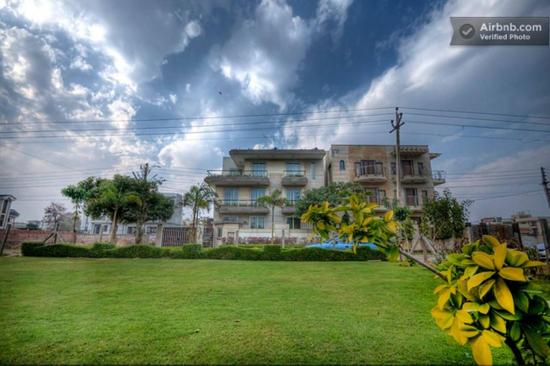 2 BHK Serviced Apartment Cyber Park (Perch) photo 19275720