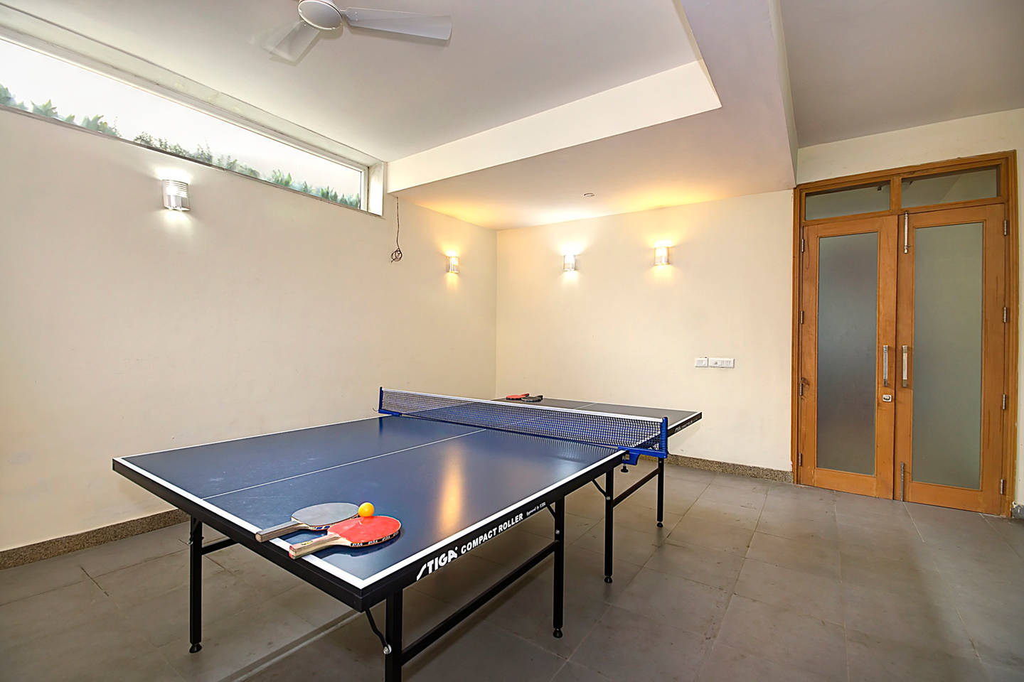 Apartment 1 BHK Serviced Apt in awarded BnB Property photo 19657161