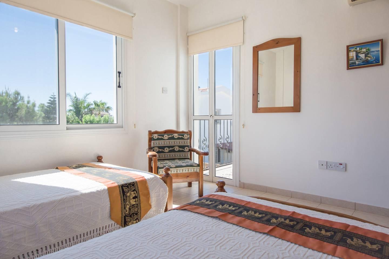 Villa Oceana - Modern 2 Bedroom Villa with Pool photo 16444723