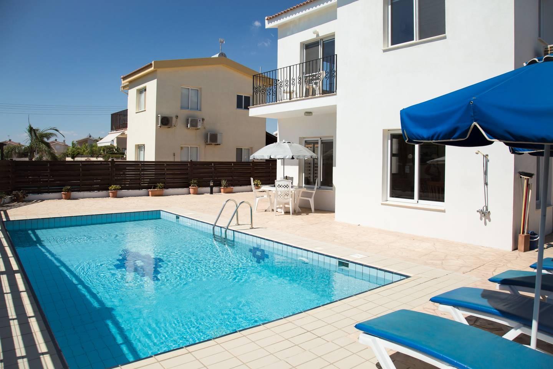 Apartment Villa Oceana - Modern 2 Bedroom Villa with Pool photo 18619448
