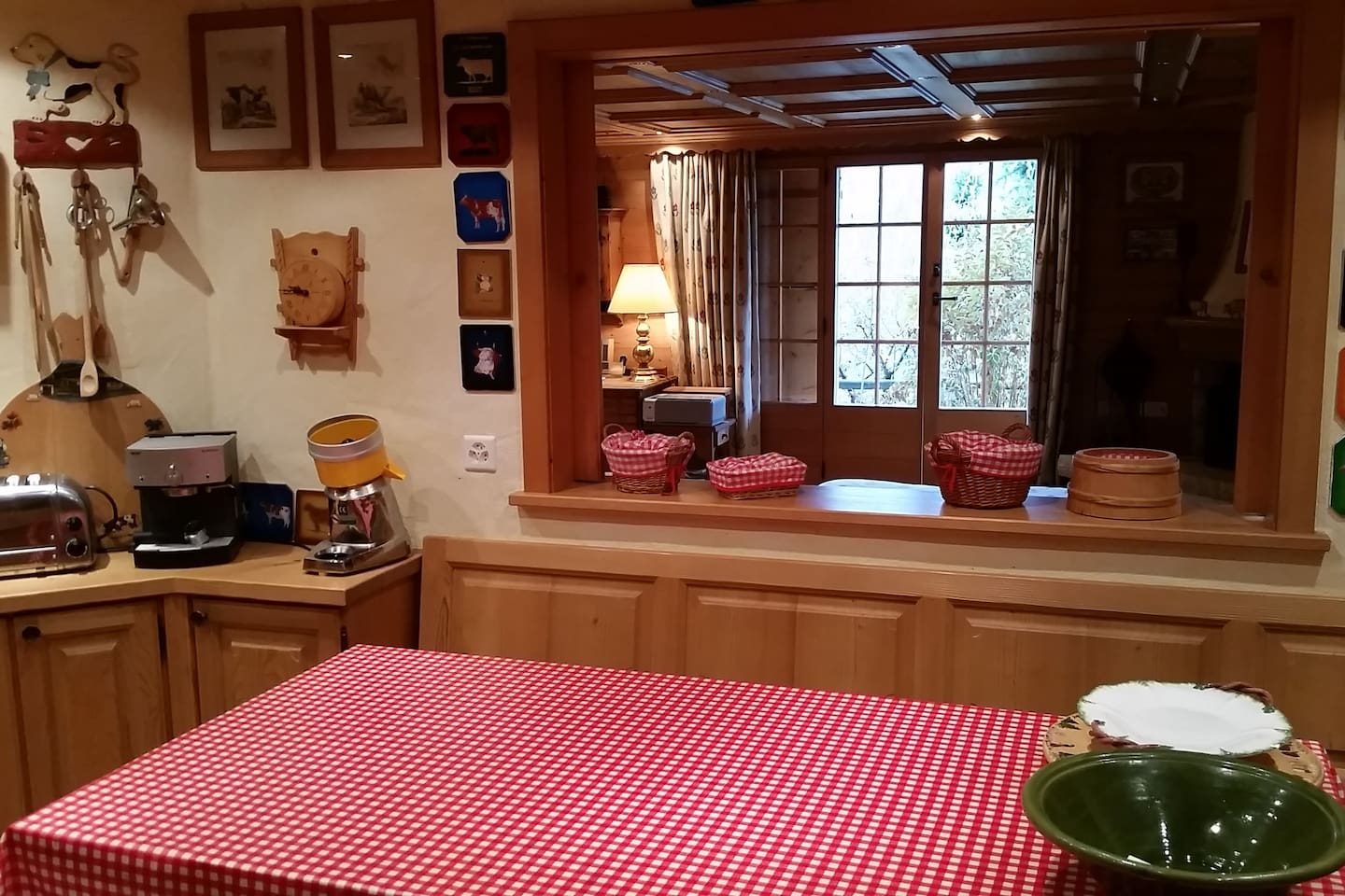 Apartment Gstaad - Luxury Flat in Rougemont with Great Views photo 25896331