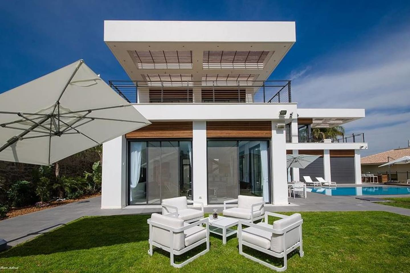 Amazing Luxury House right on the Sea of Galilee photo 23851812