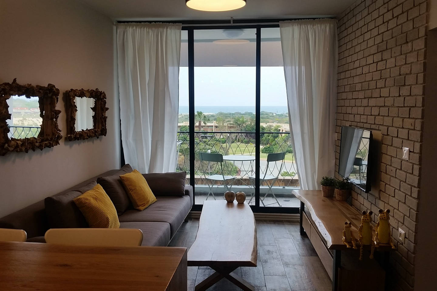 Apartment Great 2 BR Flat right next to the sea in caesarea photo 25977286