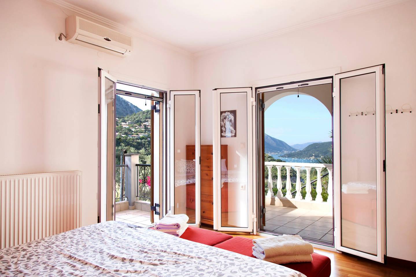 Great Villa with amazing sea views, quiet location photo 26050447