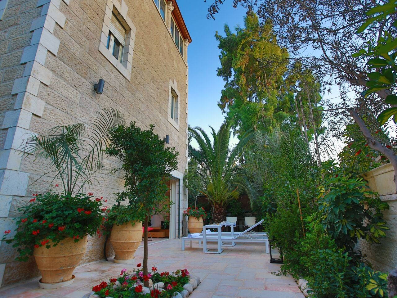 Apartment Amazing Duplex with private Garden and Jacuzzi photo 16588353