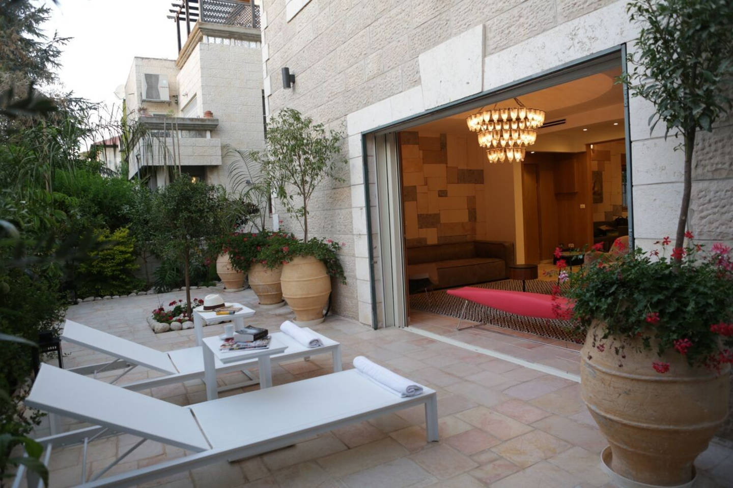 Apartment Amazing Duplex with private Garden and Jacuzzi photo 16710621