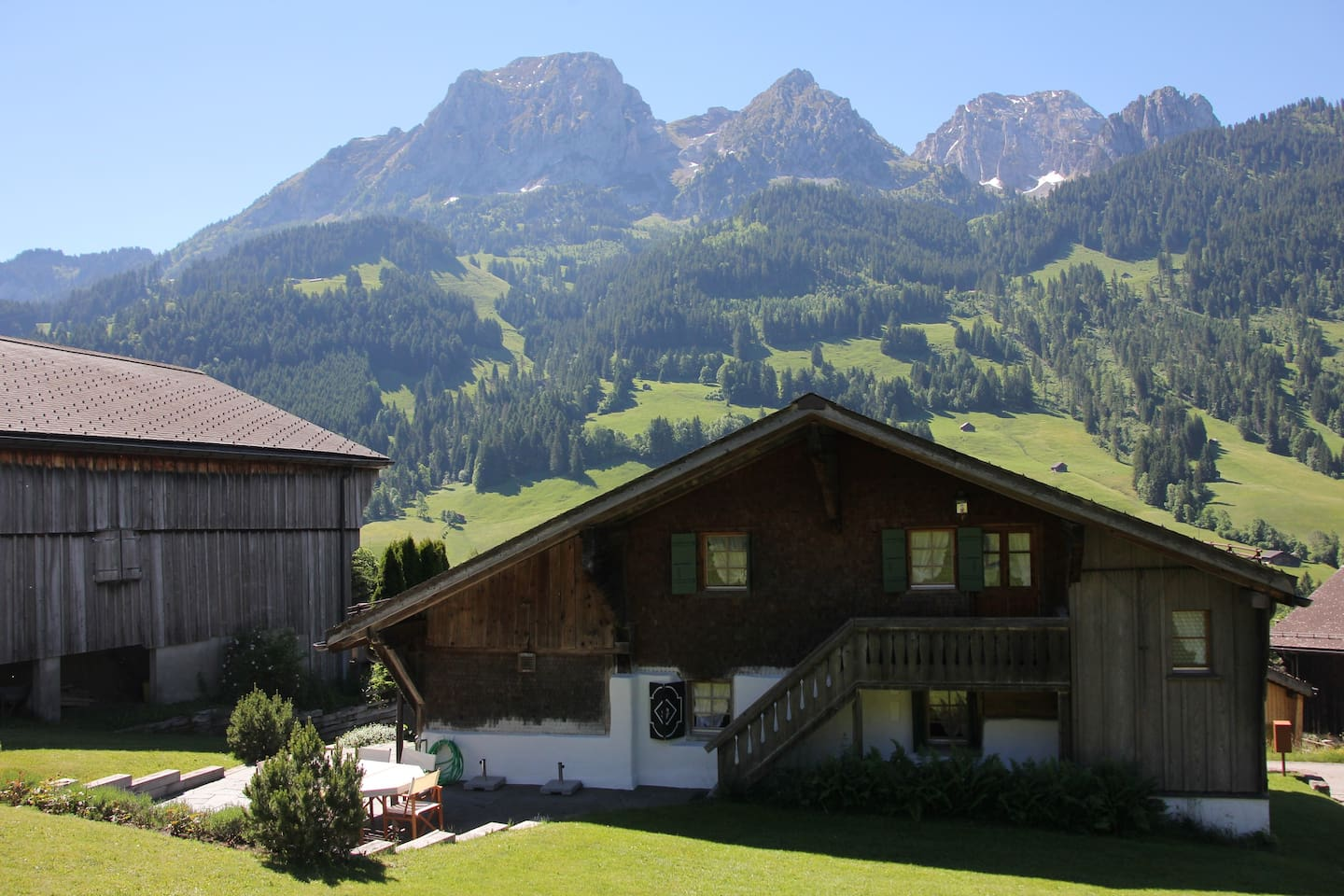 Apartment Greatly Renovated 400 Year Old Chalet near Gstaad photo 25945379