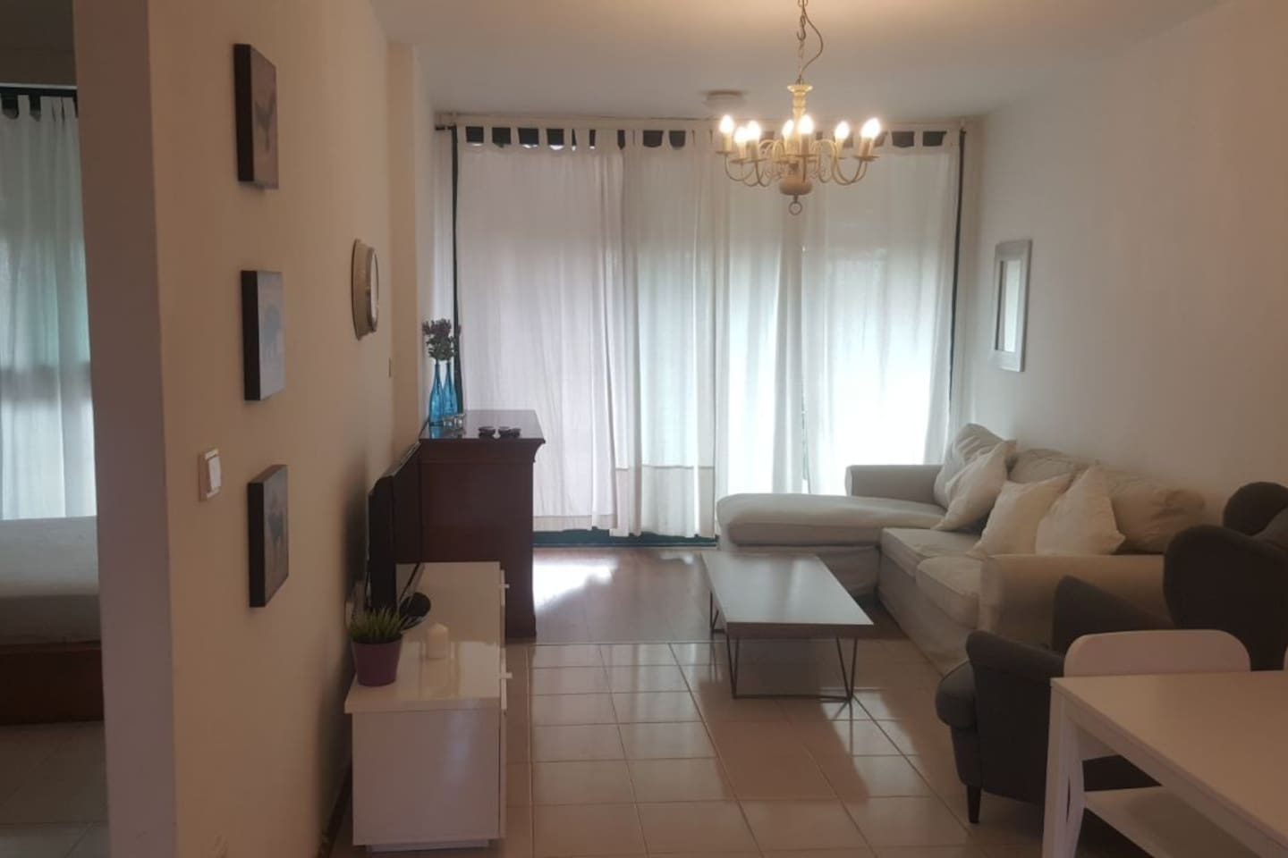 Apartment Great 2 BR Flat right next to the sea in caesarea photo 25977301