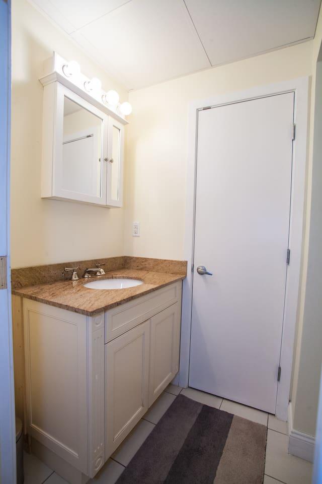 Apartment Luxe Condo Back Bay Boston-3 Bedrooms   2 Baths photo 16853958