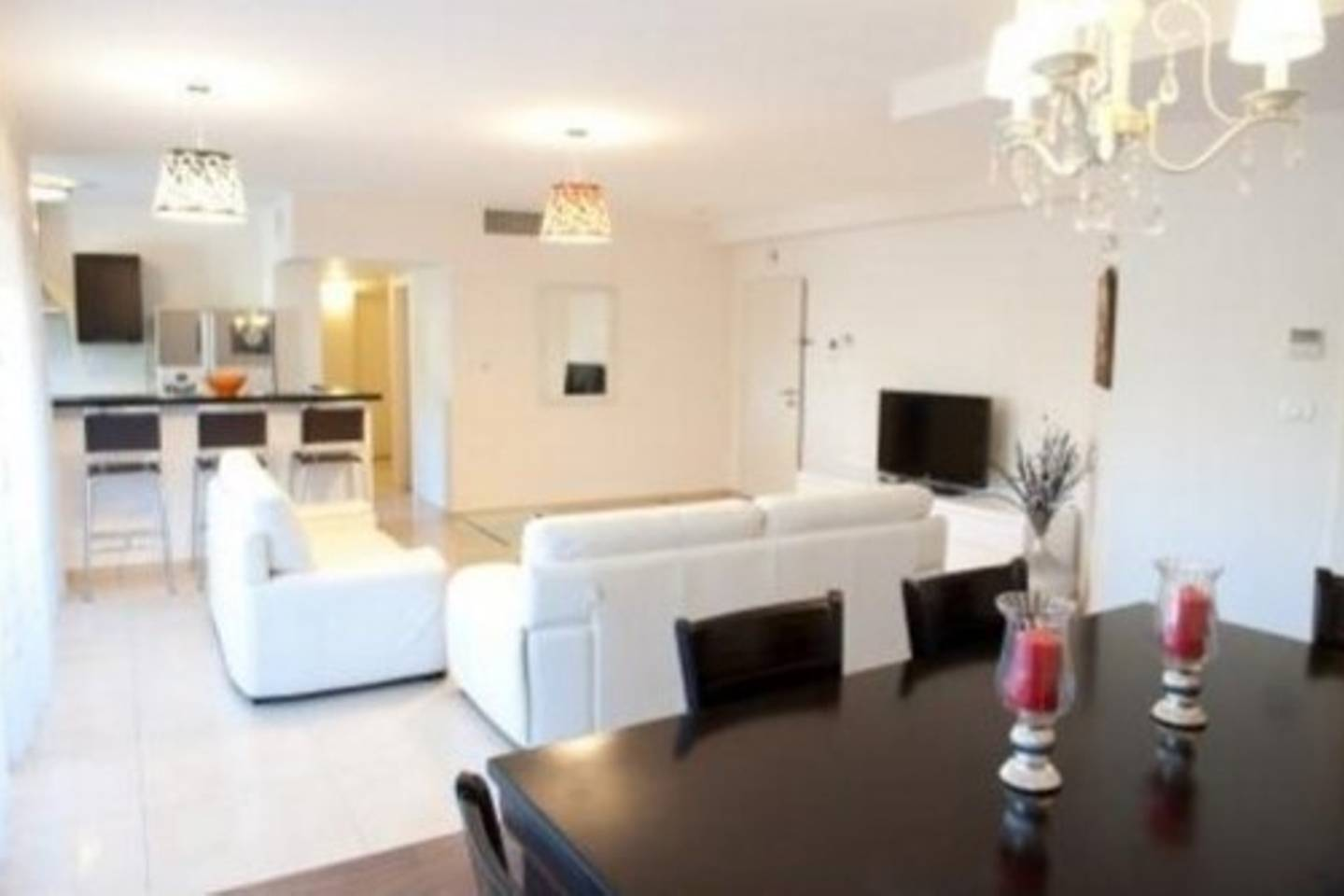 Luxurious Flat in Prime location King David Res. photo 28510559