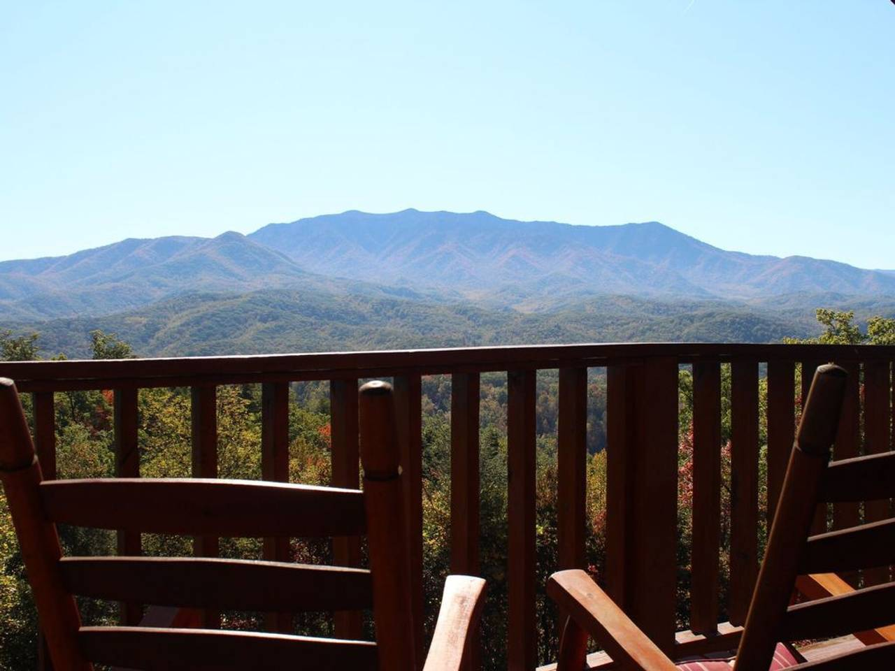 Apartment Unreal Views GSMNP Near DwTn Gatlinburg Hot Tub photo 23623750