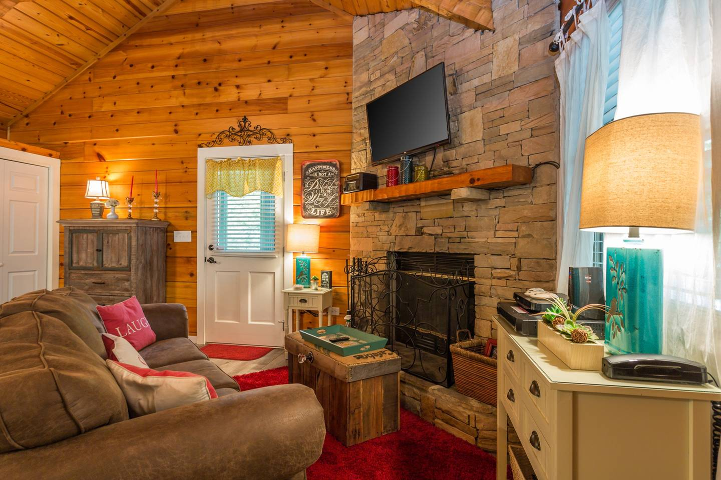 Cozy/Convenient 2 PF Parkway/Screened In Porch photo 17074090