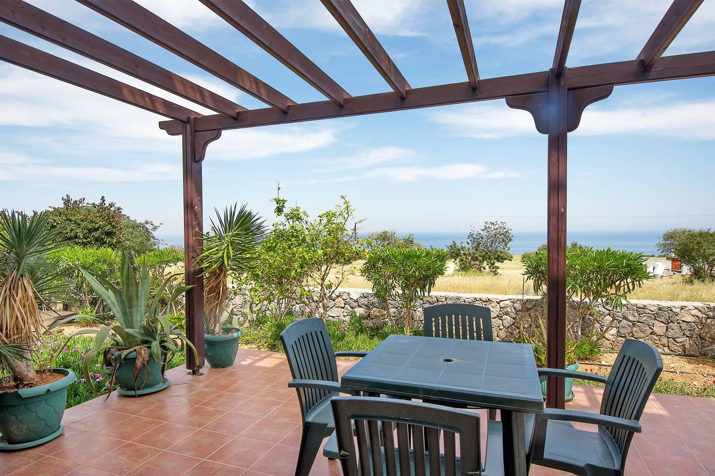 Apartment Joya Cyprus Sunflower Garden Apartment photo 25612088
