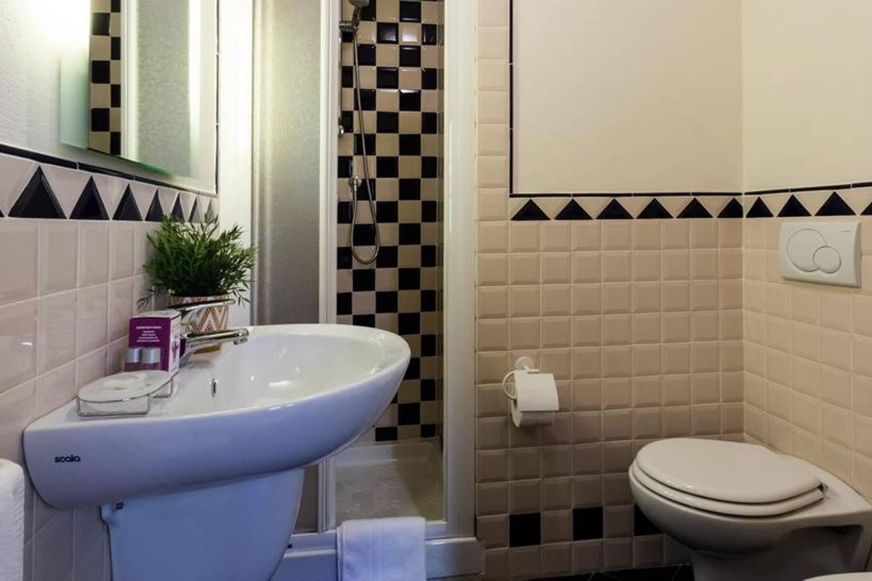 Apartment Camera rosa photo 18092786