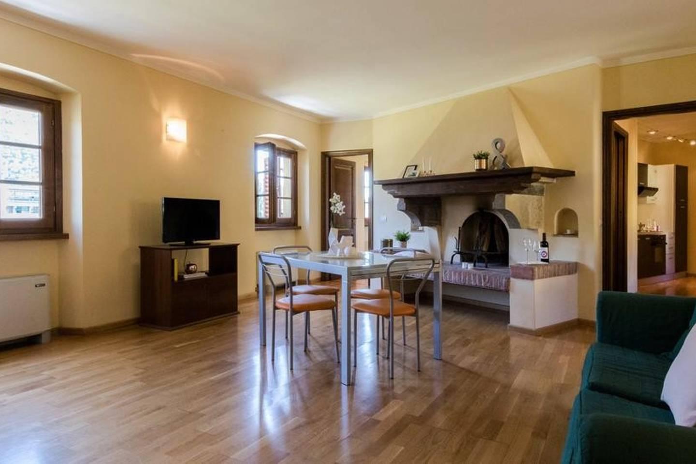 Apartment Camera rosa photo 18611572