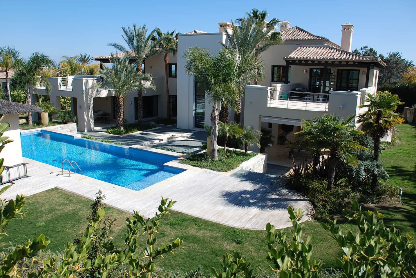 Apartment Luxurious villa in Puerto Banus - 10 min to Marina photo 25639416