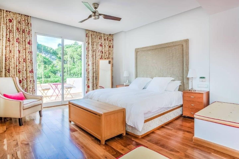 Apartment Amazing Villa right next to Beach - Top Location photo 16973666