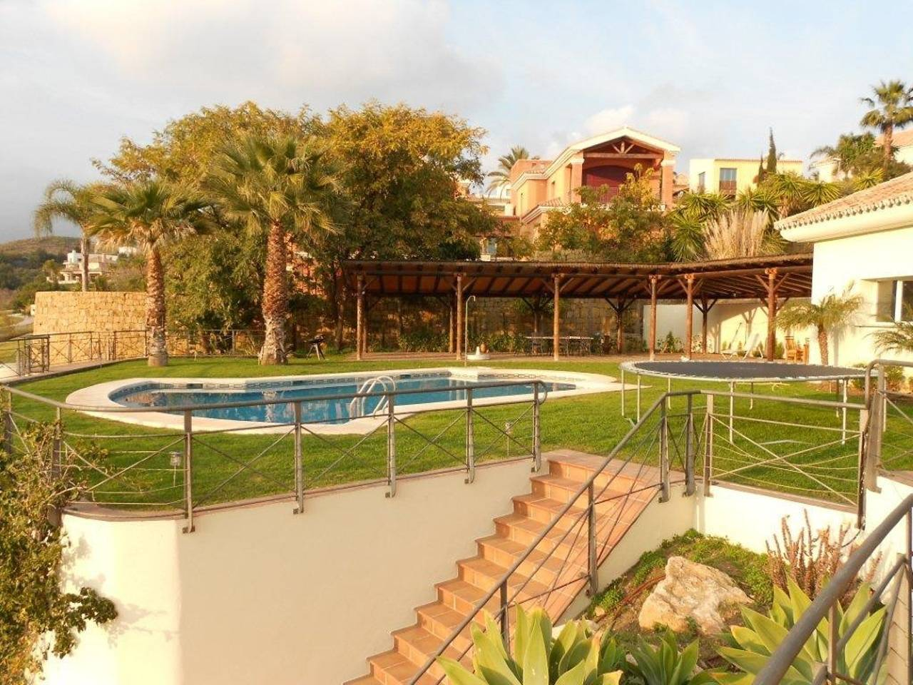 Golf course Front line Amazing big Villa with pool photo 25609597