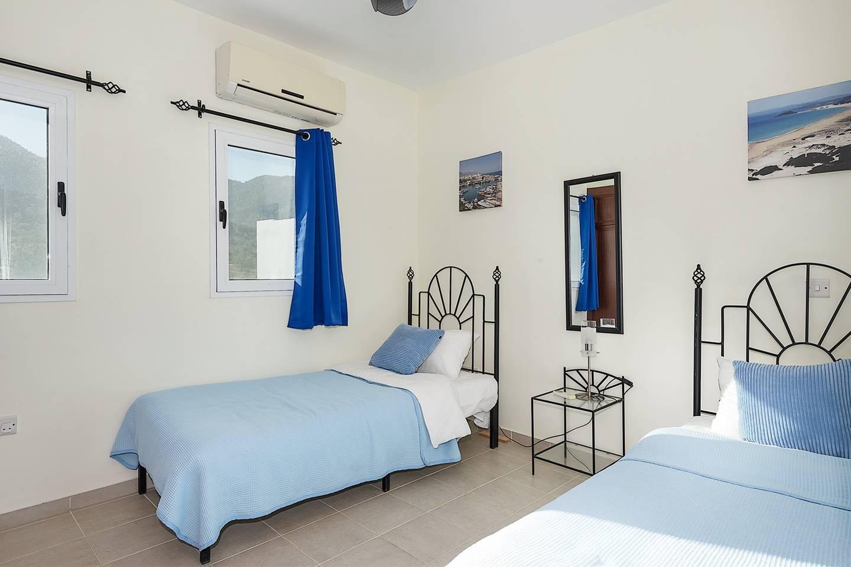 Joya Cyprus Mandarin Penthouse Lux Apartment photo 13766407